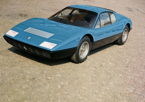 Ferrari Berlinetta Boxer: нетипичные итальянские купе