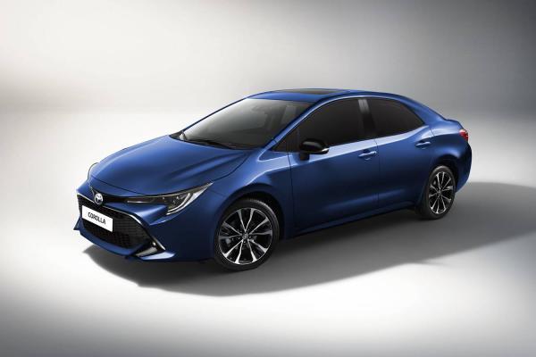 Седан Toyota Corolla рассекречен