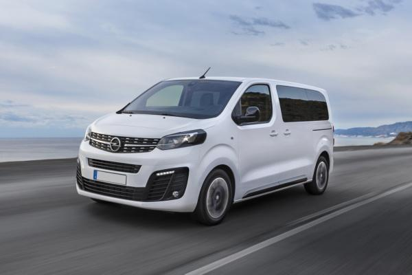 Opel Zafira: новый формат