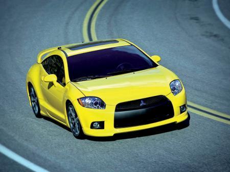 Mitsubishi Eclipse: купе и кабриолет немного освежили