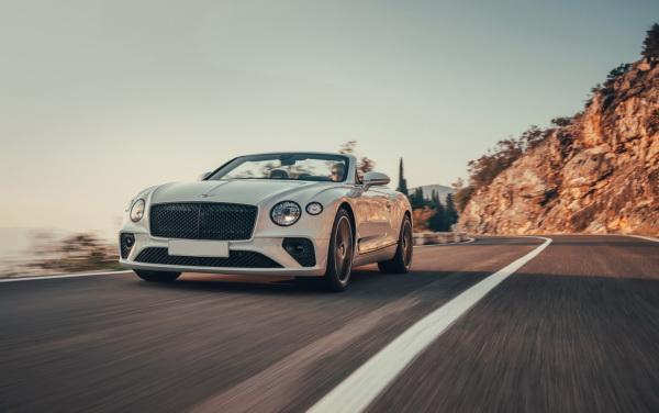 Bentley Continental GTC: кабриолет для путешествий