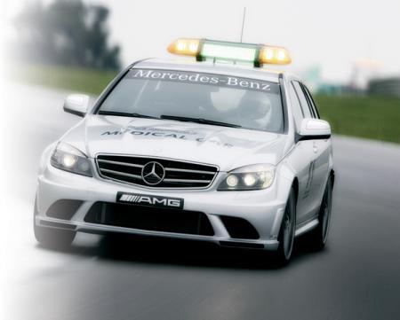 Mercedes-Benz SL 63 AMG в ответе за безопасность