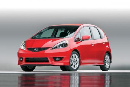 Honda Fit Sport: маленький снаружи, но просторный внутри