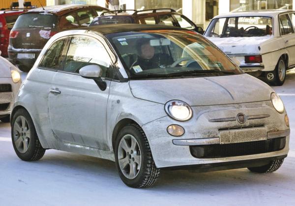 Fiat 500 стал кабриолетом