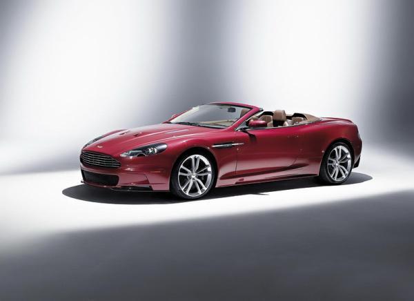 Aston Martin DBS Volante: кабриолет для ценителей шума ветра