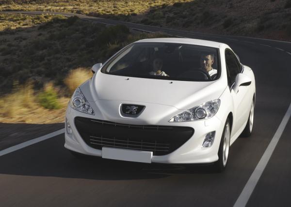 Peugeot 308CC: продолжатель традиций купе-кабриолетов
