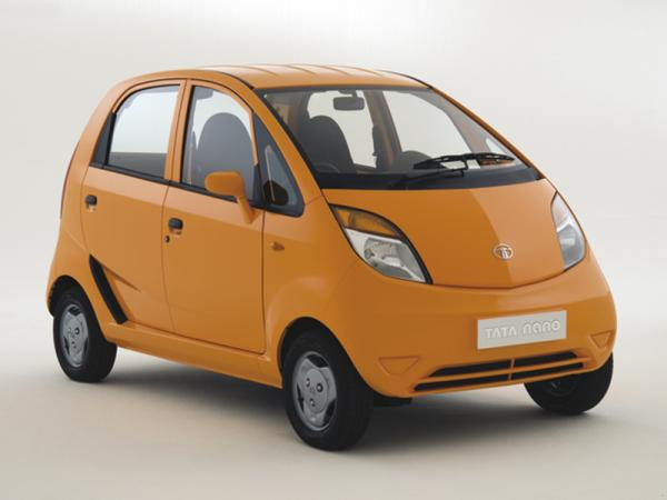 В Индии автомобиль стоит примерно 2000 долларов