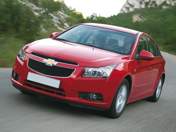 Радиаторная решетка выдает принадлежность к модельному ряду Chevrolet