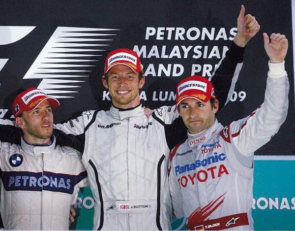 F1: У McLaren снова грандиозные проблемы