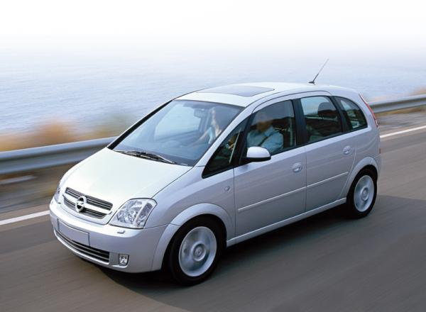Opel Meriva (2003-2006): в ногу со временем