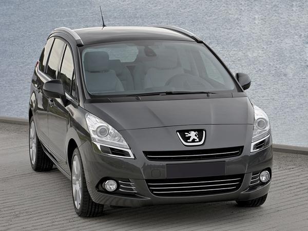 Peugeot 5008: для большой семьи