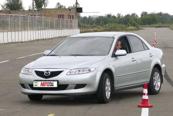Mazda 6 (2002-2007): поколение первое