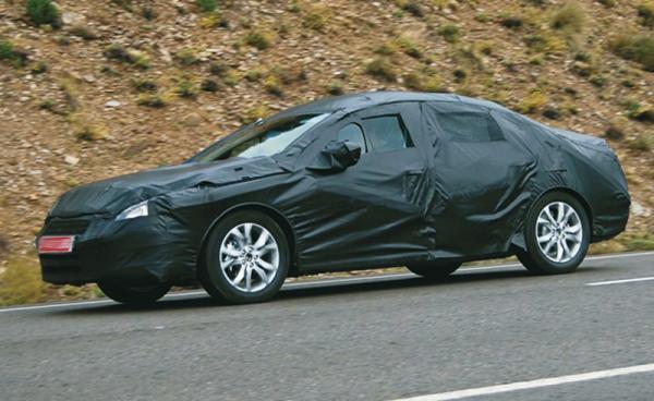 Peugeot 408: дорожные испытания