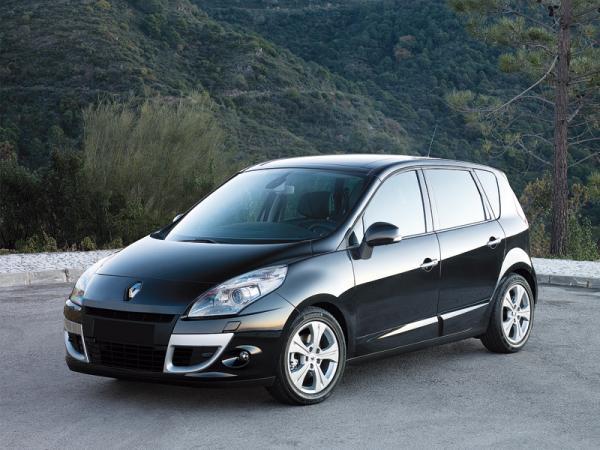 Renault Scenic: стильный и вместительный