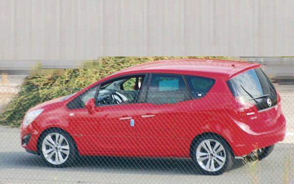 Opel Meriva совсем без камуфляжа