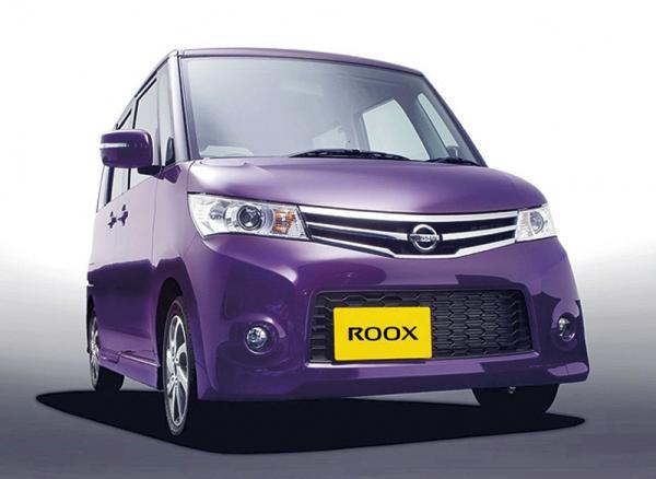 Nissan представит мини-вэн Roox