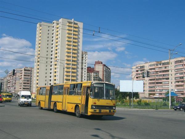 Киев. Автобусы могут стать  маршрутками