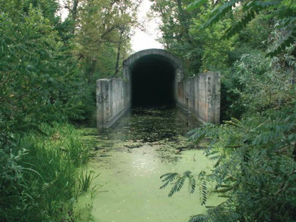 Киев. Тоннель под Днепром соединит Правый  и Левый берег