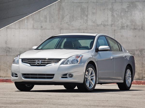 Nissan Altima: омоложение