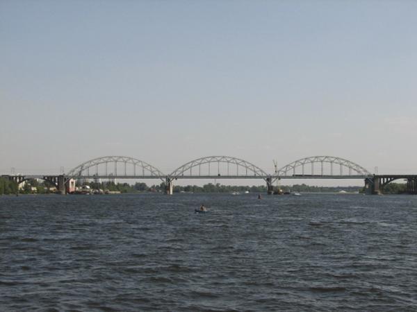 Киев. Дарницкий мост откроют для поездов