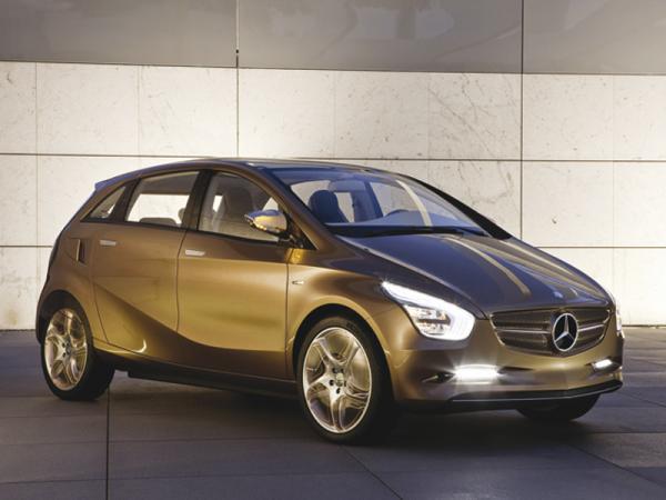 Mercedes-Benz приступает к выпуску электромобилей