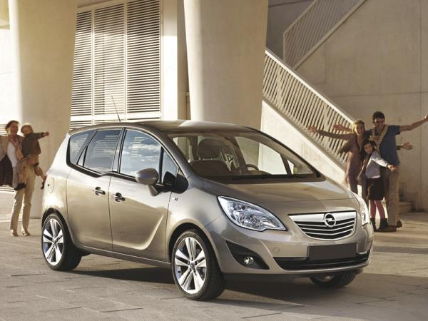 Opel Meriva: оригинальный и практичный