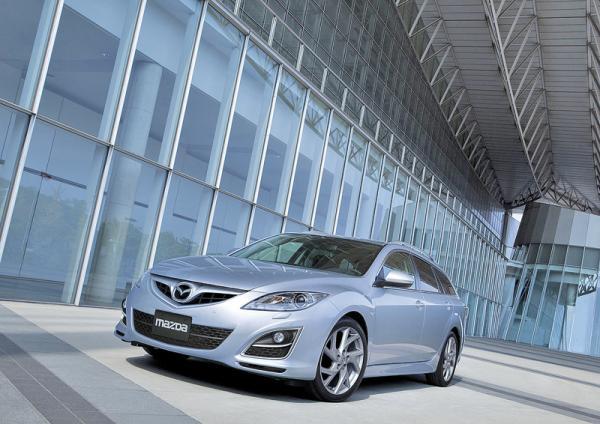 "Mazda 6: освежение ""лица"""