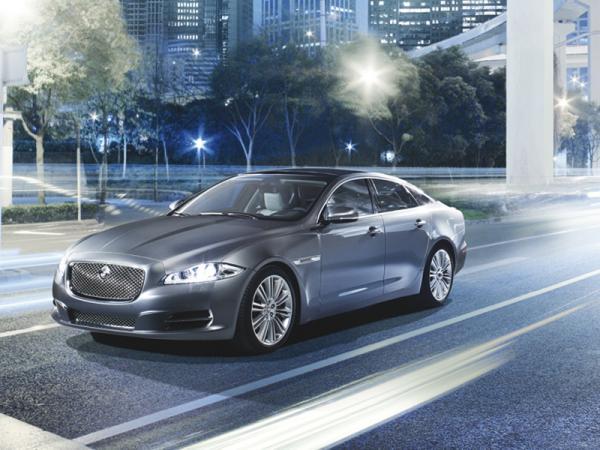 Jaguar XJ станет электромобилем