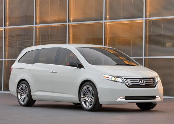 Honda Odyssey Concept: ставка на вместительность и экономичность