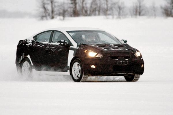 Hyundai Elantra 2013 модельного года