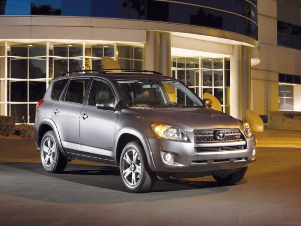 Toyota RAV4: обновленный