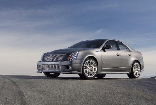 """Cadillac CTS-V: """"заряженная версия"""""""