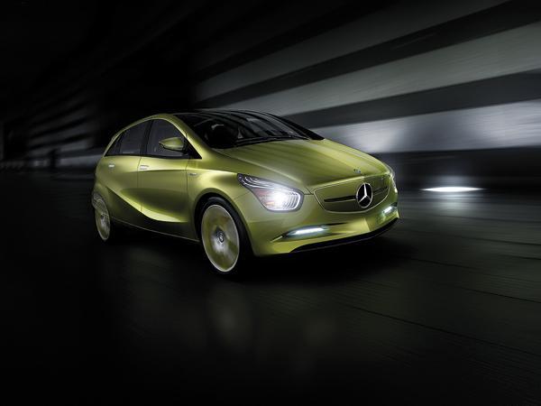Трио от Mercedes-Benz