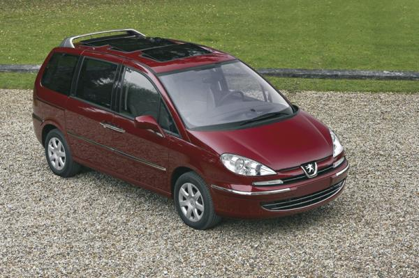 Peugeot 807  Обновленный