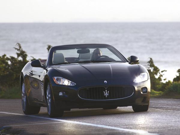 Maserati GranCabrio: кабриолет для больших путешествий