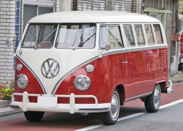 Volkswagen Transporter – 60 лет