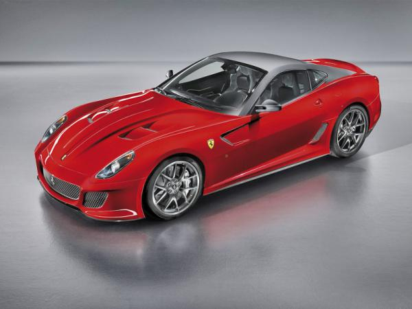 "Ferrari 599 GTO: самый быстрый ""жеребец"" из Маранелло"