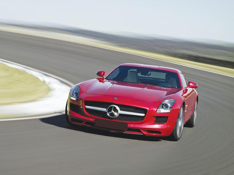 Mercedes-Benz SLS AMG: дань классике