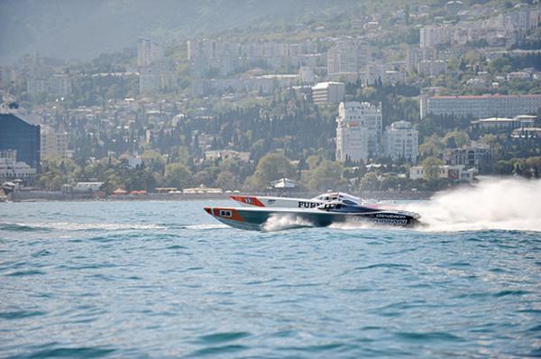 Кольцевые гонки в открытом море