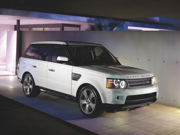 Range Rover Sport станет гибридом