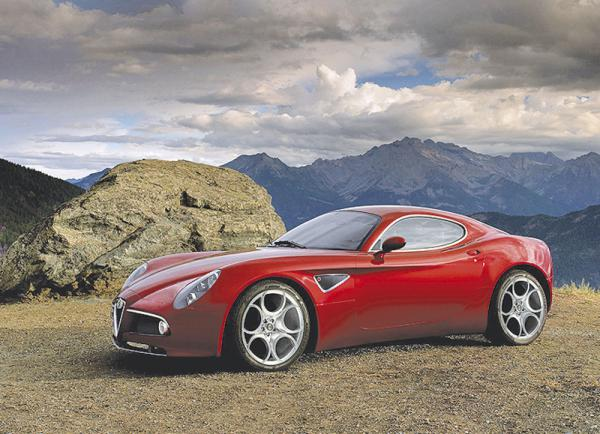 Alfa Romeo 8C Competizione GTA замечен на испытаниях