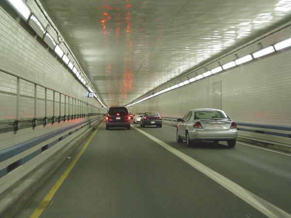 В Киеве будут строить автомобильные туннели