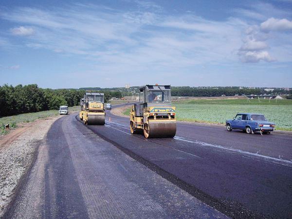 Средств, выделенных на ремонт харьковских дорог, хватит только на латки...