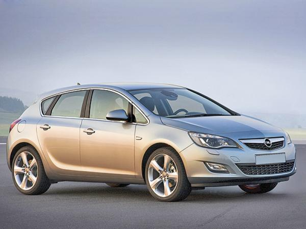 Opel Astra: продажи увеличились на 54 процента