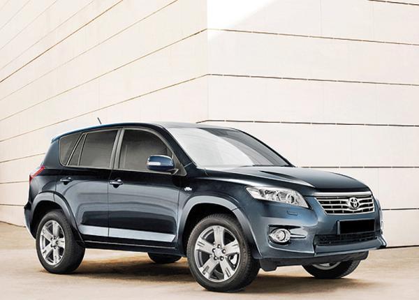 Обновленный Toyota RAV4 поступил в продажу в Украине по цене от 267 134 грн