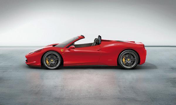 Ferrari 458 Italia Spider получит жесткую складывающуюся крышу