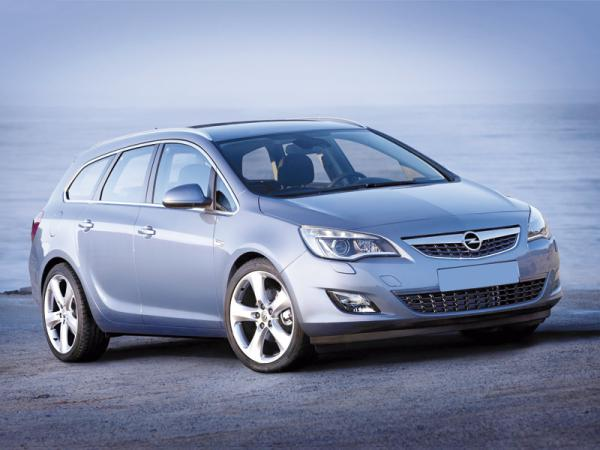 Opel Astra Sports Tourer: спортивность – не помеха практичности