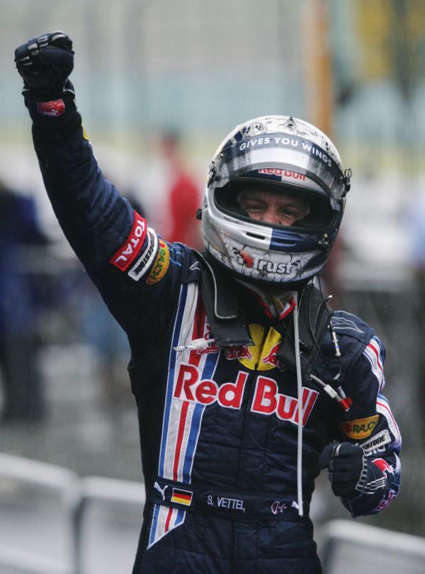 Формула-1:   Себастьян Феттель побеждает в Гран-при Европы