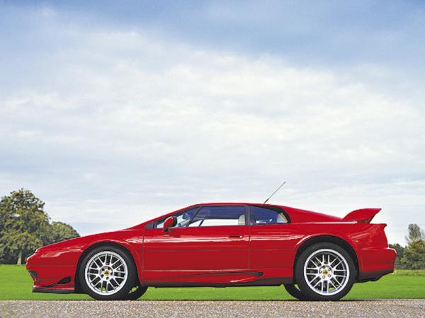 Lotus Esprit: третье поколение планируют показать в Париже