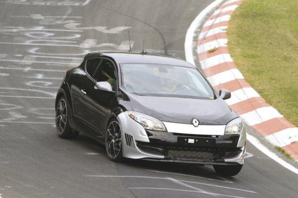 Renault Megane RS впервые на Нюрбургринге